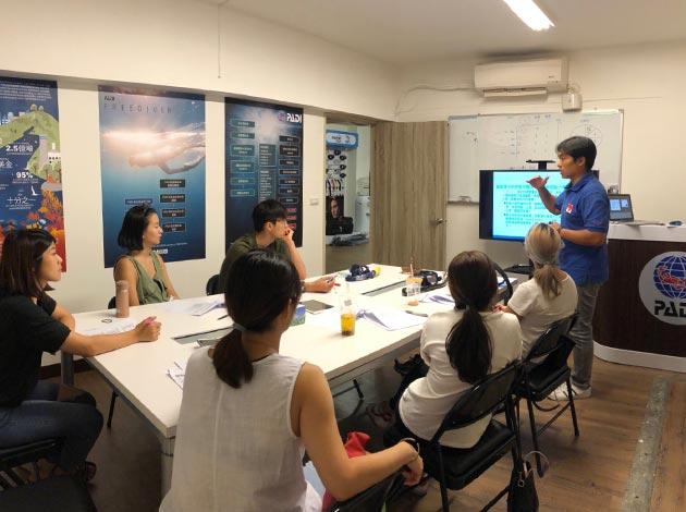 大台北地區PADI開放水域潛水員課程(普拉斯潛水-OW課程) 1